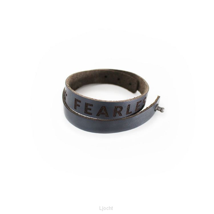 Armband leer earless man